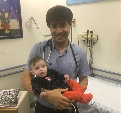 hadassah-primul-tratament-din-lume-realizat-cu-succes-care-ii-permite-sa-manance-unui-bebelus-nascut-cu-un-rar-defect-intestinal